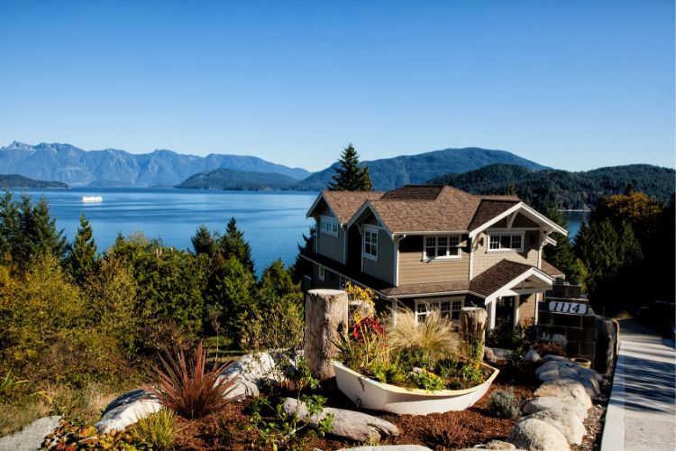 Lake House-Multigenerational Vacations