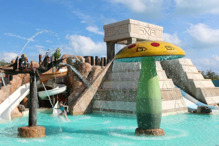 Kids Club Water Park All Inclusive Mexico-Multigenerational Vacations