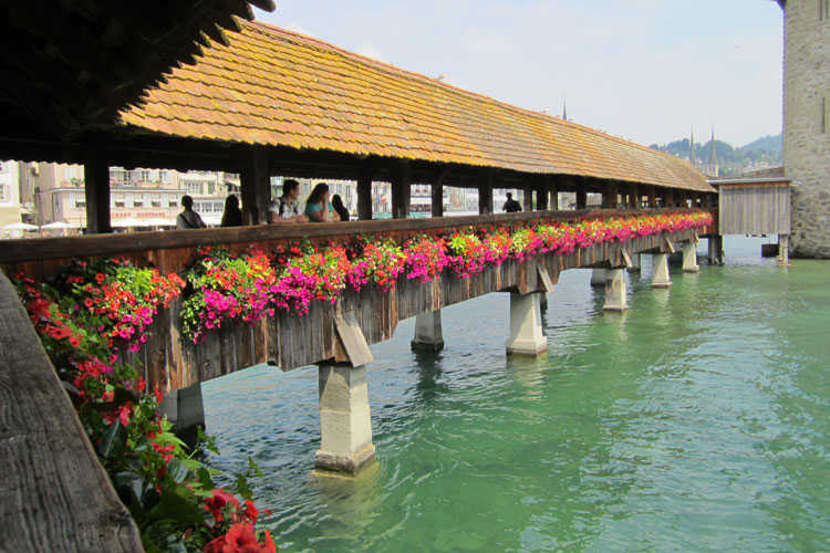 Chapel-Bridge-Lucerne-Holidays-to-Switzerland-750