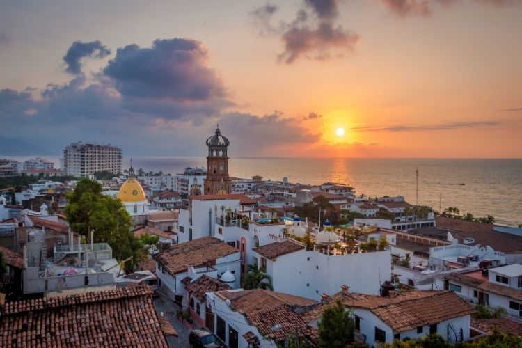 Puerto Vallarta family vacation beach-Multigenerational Vacations