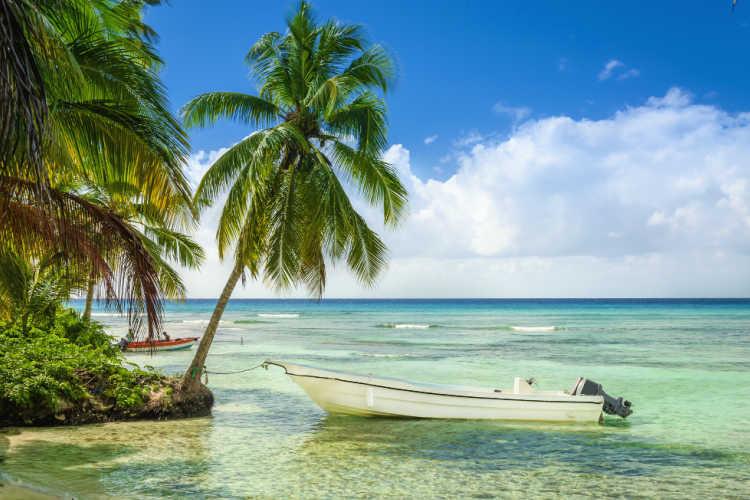 Beach boat St Kitts